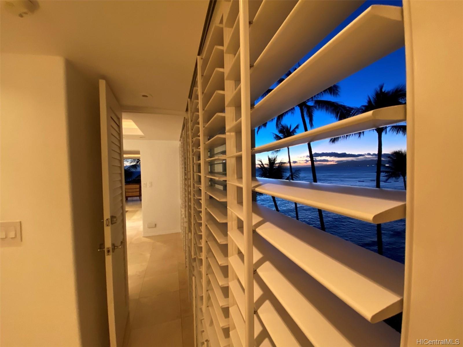 2987 Kalakaua condo # 705, Honolulu, Hawaii - photo 17 of 22