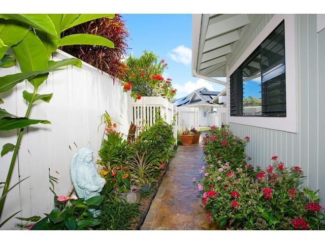 300  Kealahou St Laulima, Hawaii Kai home - photo 19 of 20
