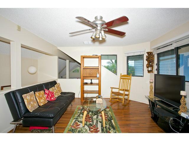 300  Kealahou St Laulima, Hawaii Kai home - photo 8 of 20