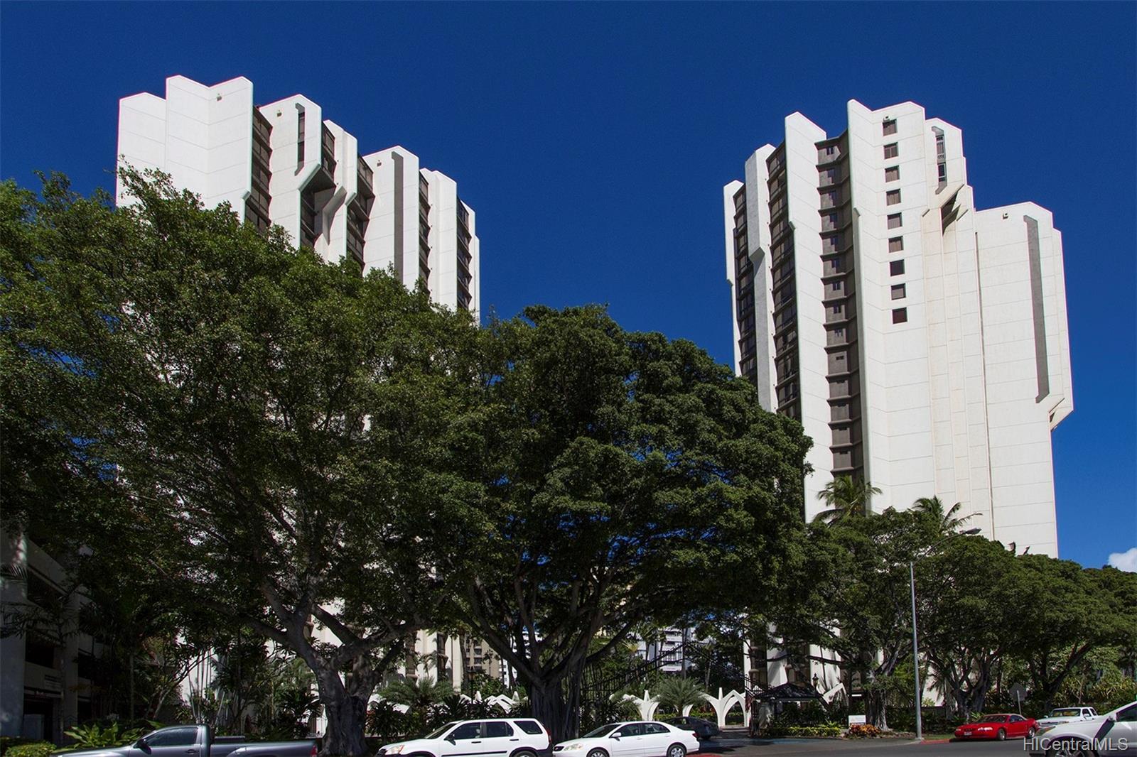 Liliuokalani Gardens condo # I1907, Honolulu, Hawaii - photo 19 of 24