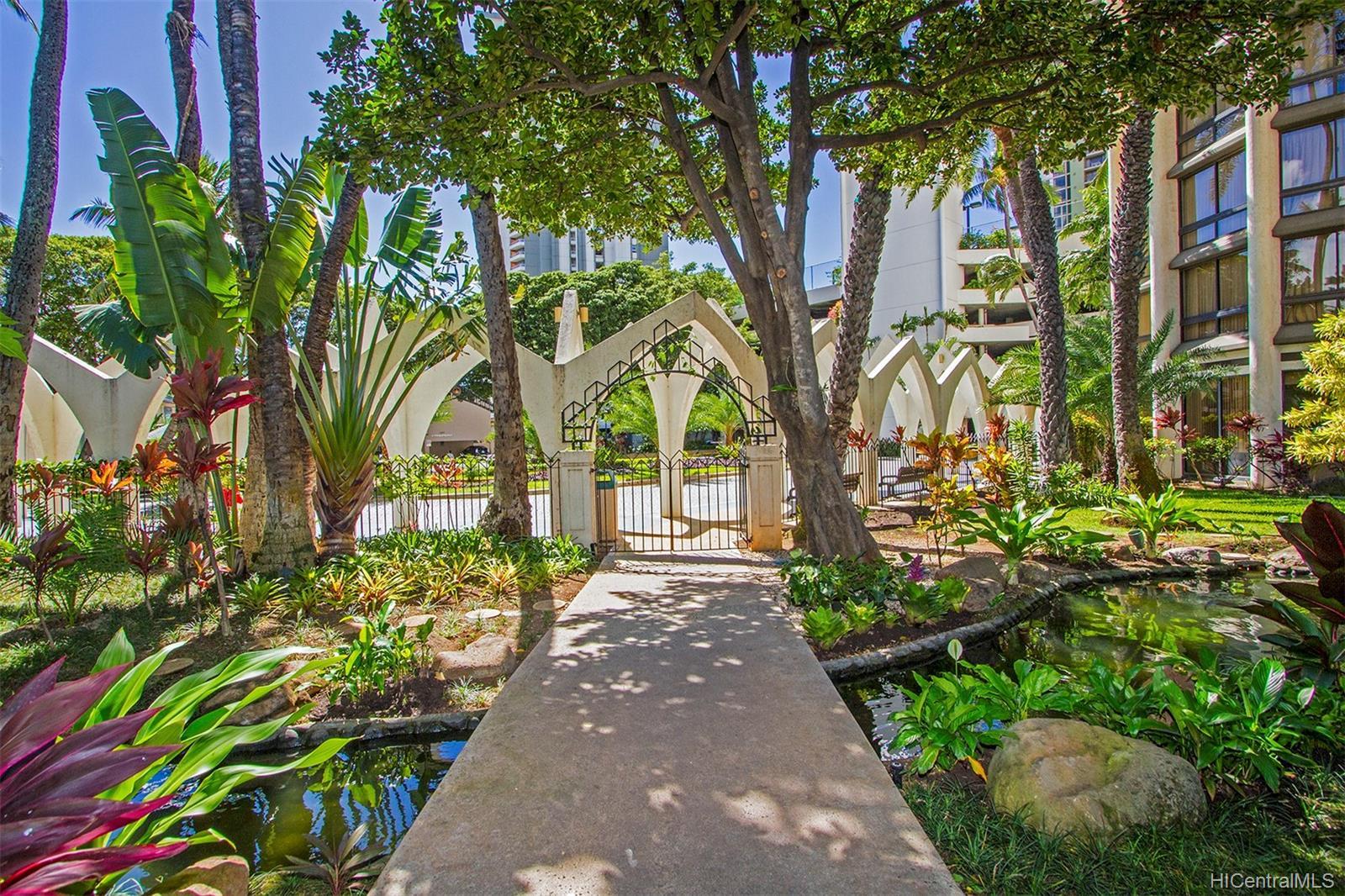 Liliuokalani Gardens condo # I1907, Honolulu, Hawaii - photo 21 of 24