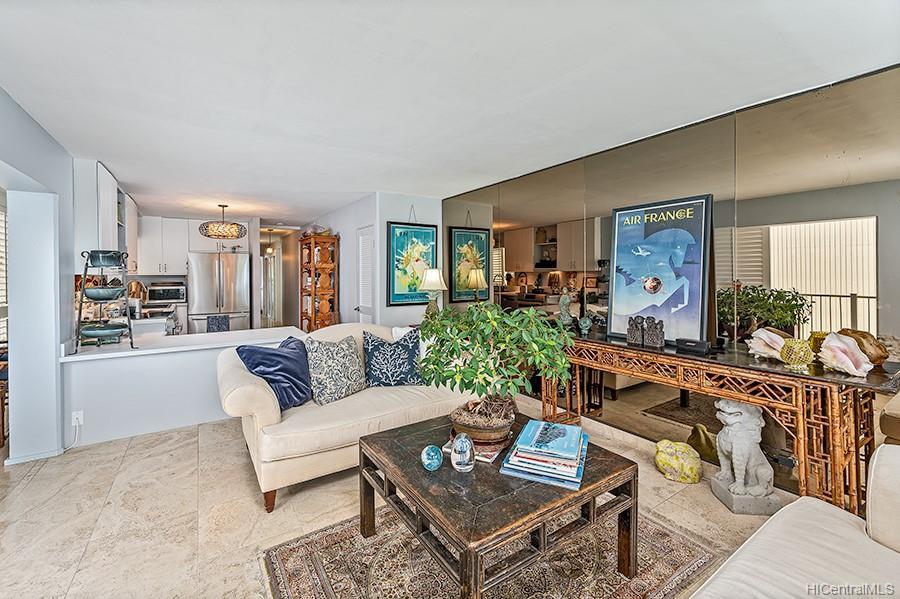 Oceanside Manor condo # 602, Honolulu, Hawaii - photo 13 of 25
