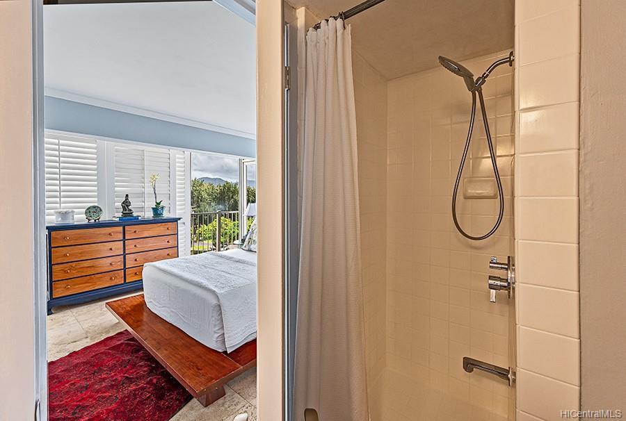 Oceanside Manor condo # 602, Honolulu, Hawaii - photo 18 of 25