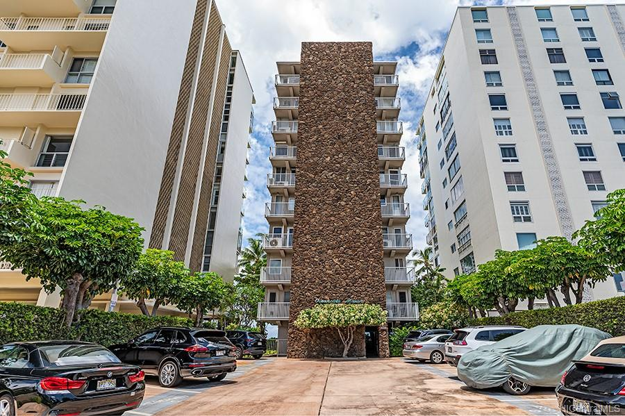 Oceanside Manor condo # 602, Honolulu, Hawaii - photo 22 of 25