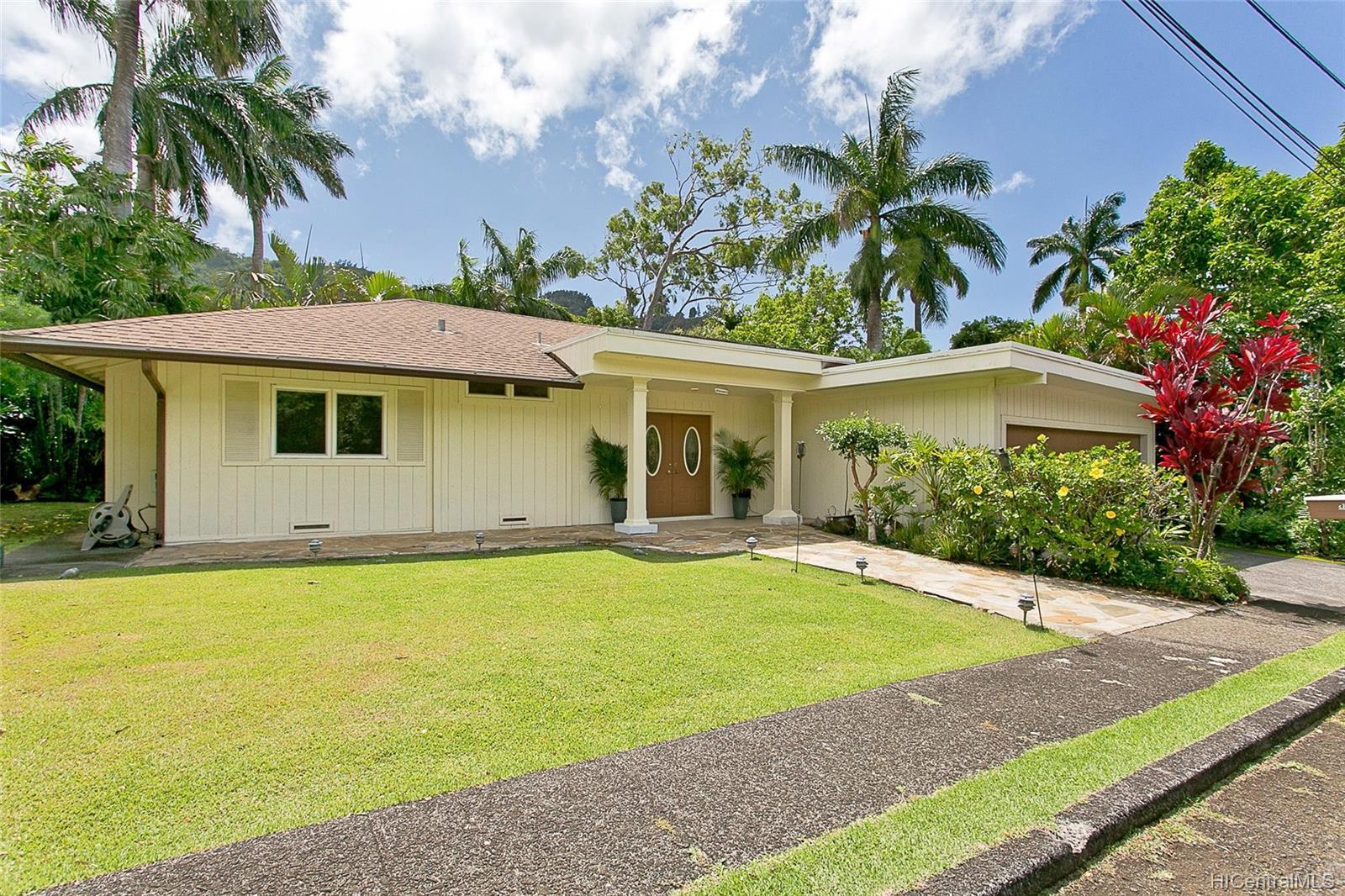 3043  Lopeka Place Dowsett, Honolulu home - photo 1 of 22