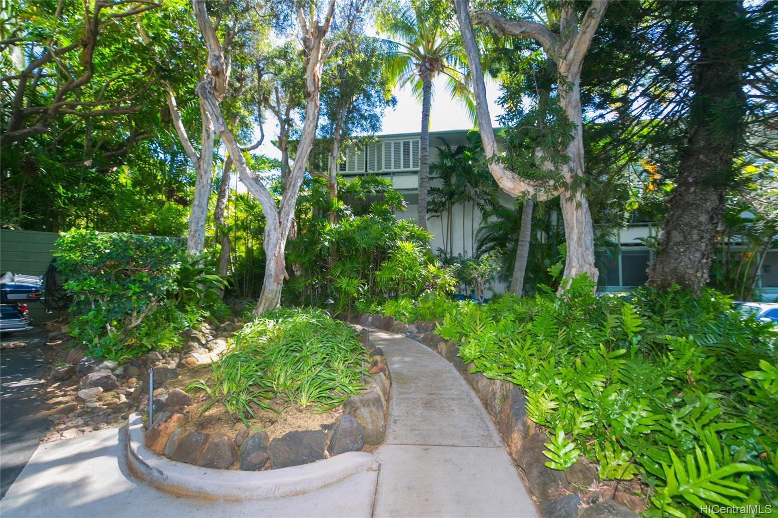 Diamond Head Gardens condo # B108, Honolulu, Hawaii - photo 2 of 25