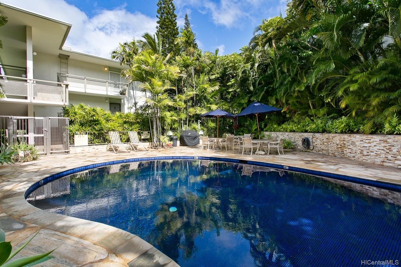 Diamond Head Gardens condo # B213, Honolulu, Hawaii - photo 7 of 8