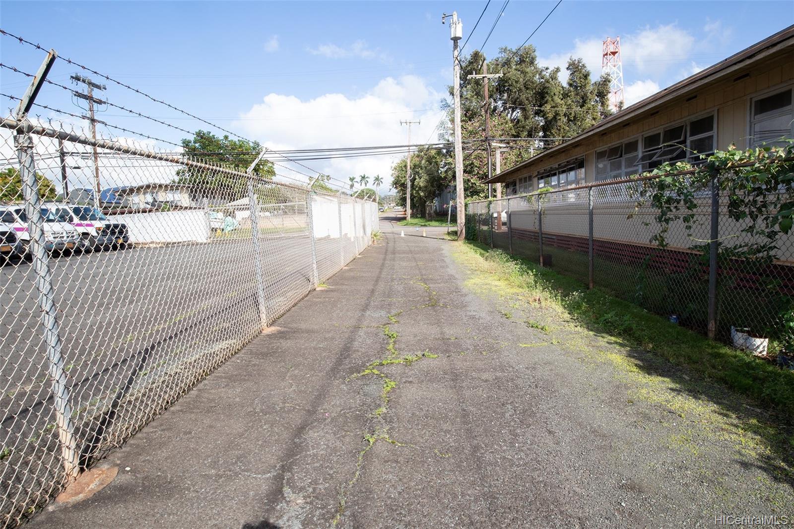 305  Koa Street Wahiawa Area, Central home - photo 6 of 6