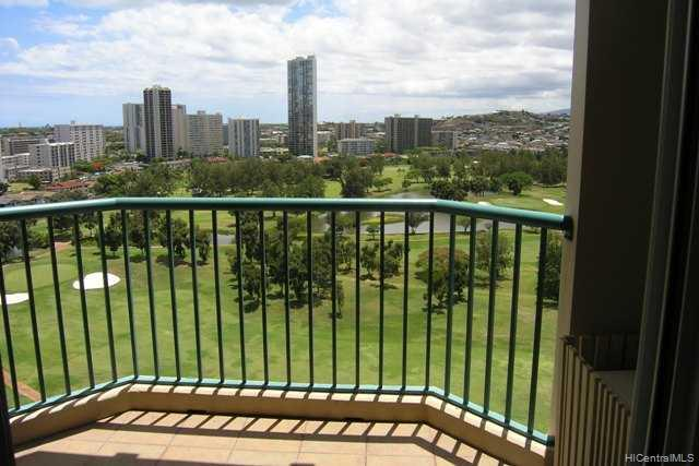 Country Club Village 5 condo # 1707, Honolulu, Hawaii - photo 2 of 10