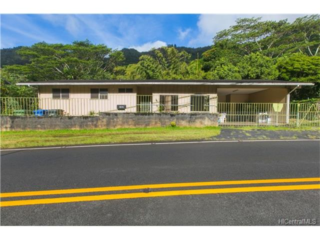 3076 Kalihi St Kalihi Valley, Honolulu home - photo 1 of 16