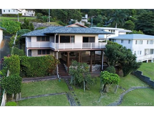 3092 Kaohinani Dr Dowsett, Honolulu home - photo 1 of 19
