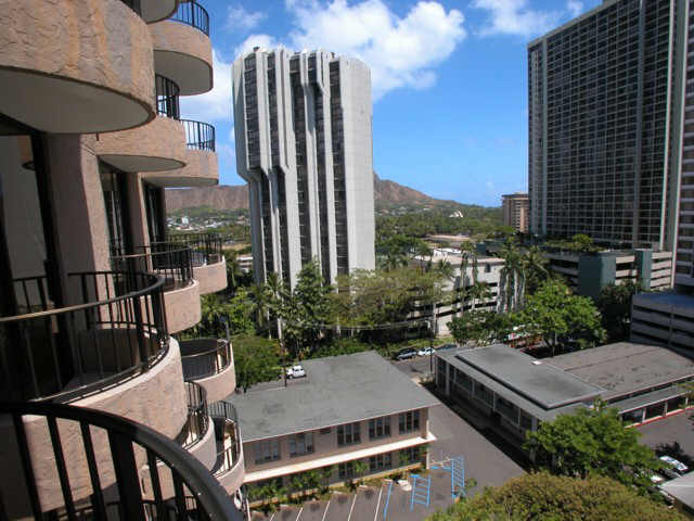 Leisure Heritage condo # 1005E, Honolulu, Hawaii - photo 5 of 20