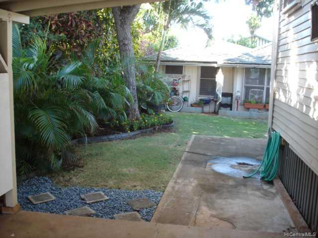 3124  Esther St Kapahulu, Diamond Head home - photo 4 of 8