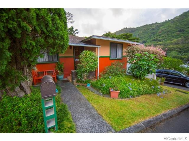 3135  Kalihi St Kalihi Valley, Honolulu home - photo 1 of 24