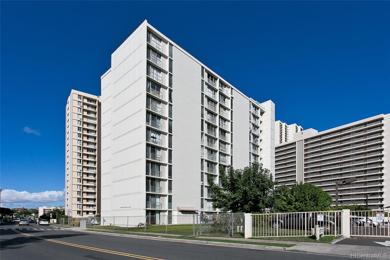 Pikake Manor condo # 702, Honolulu, Hawaii - photo 13 of 13