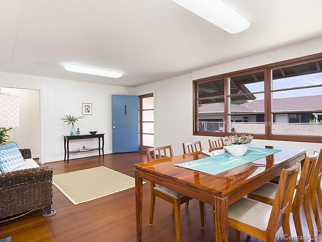 3158-A  East Manoa Rd Apt A Manoa Area, Honolulu home - photo 3 of 10