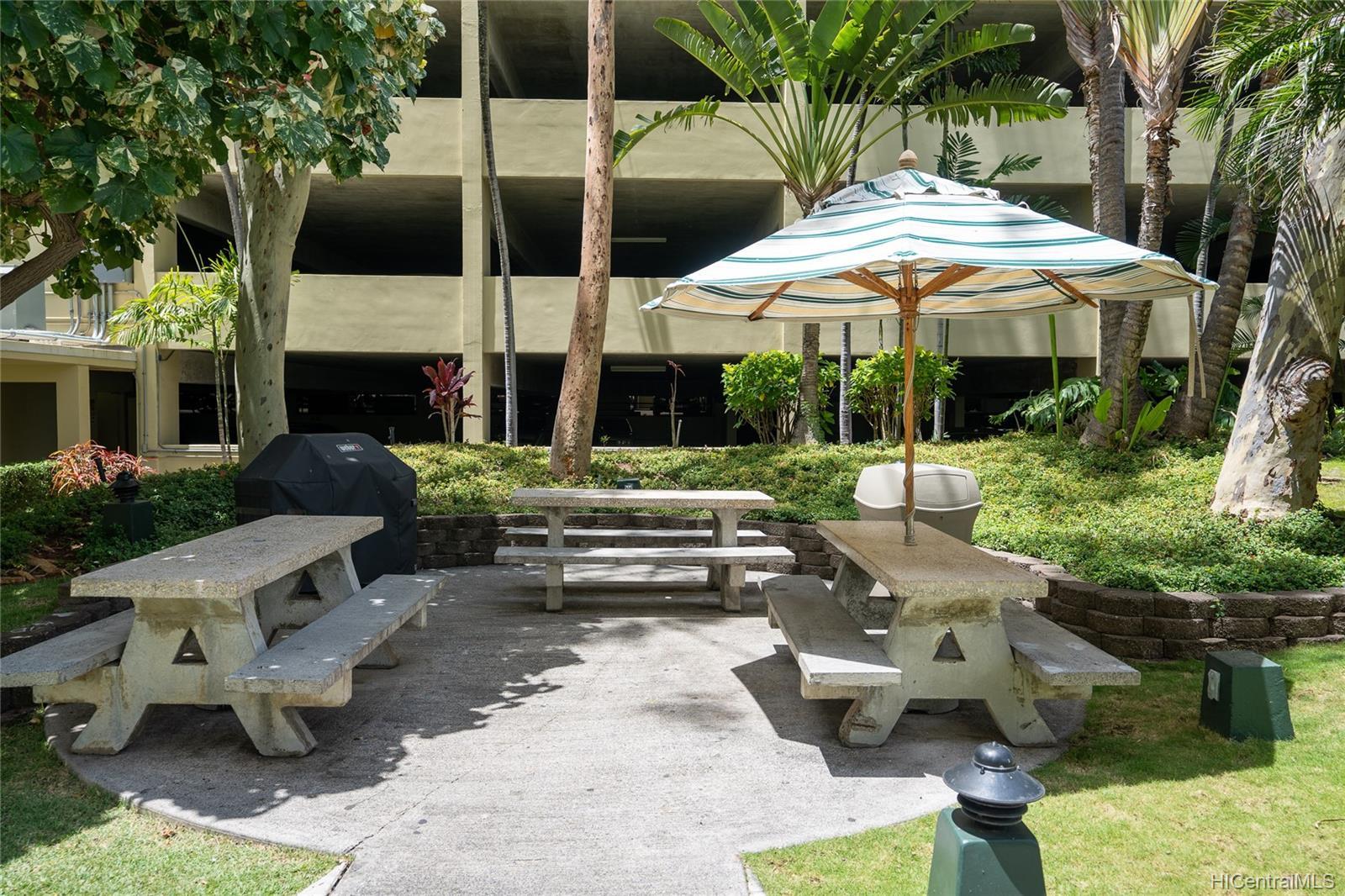 Century West condo # 206, Honolulu, Hawaii - photo 12 of 20