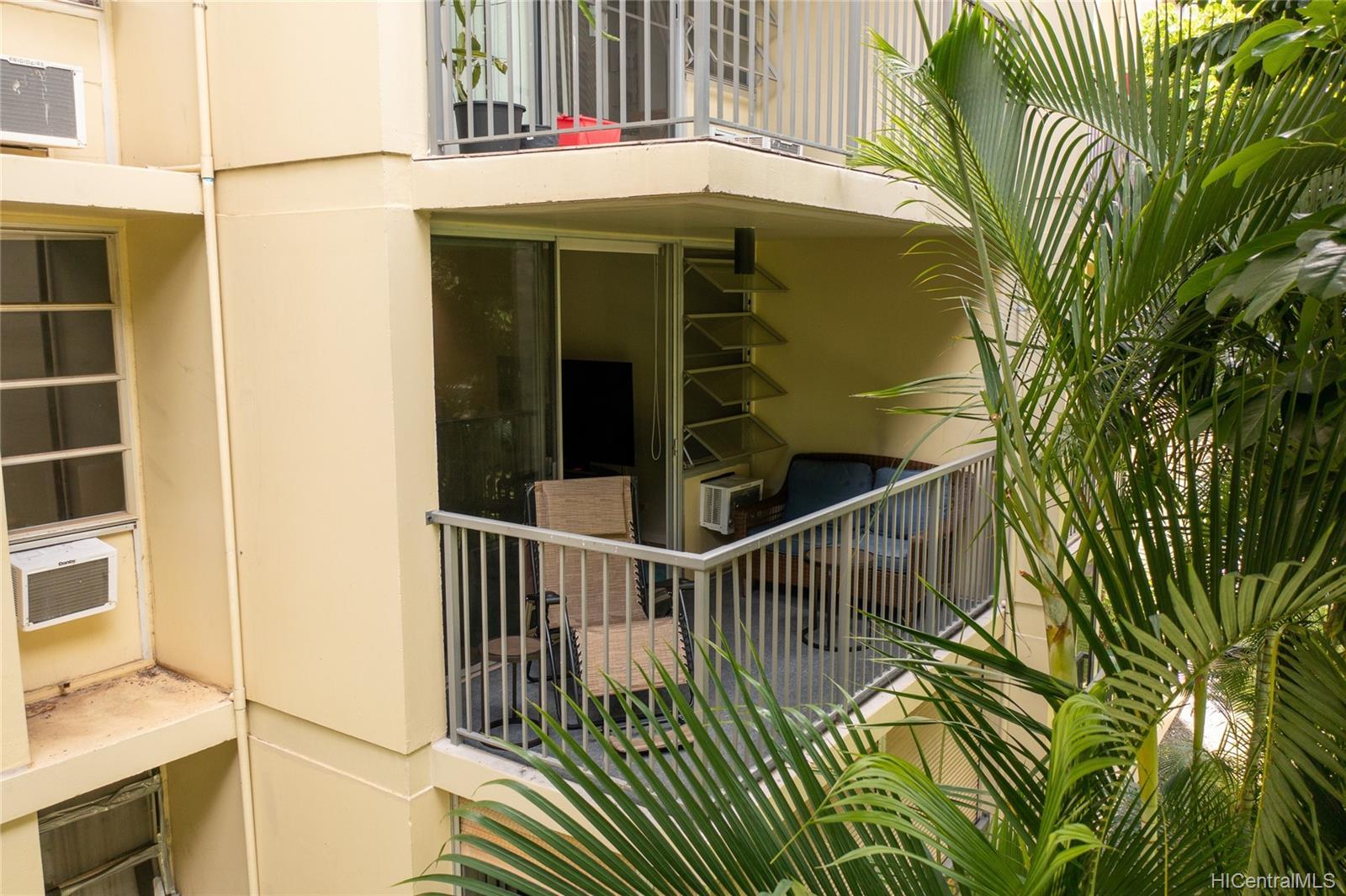 Century West condo # 206, Honolulu, Hawaii - photo 9 of 20