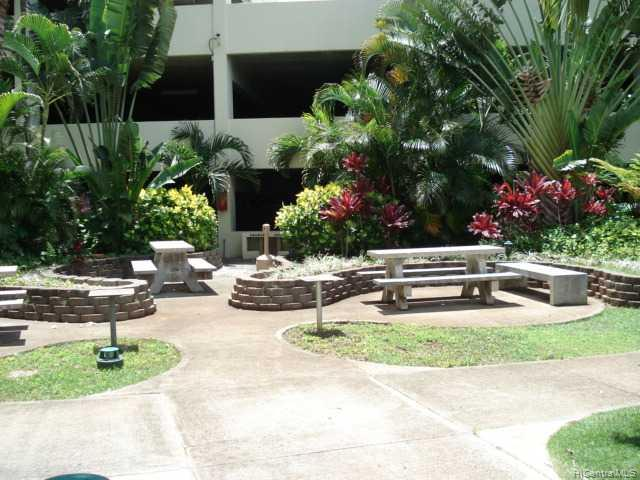 Century West condo # 401, Honolulu, Hawaii - photo 3 of 8