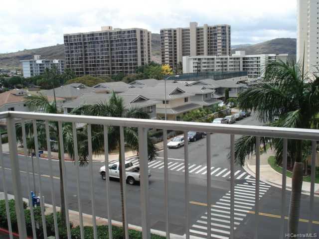Century West condo # 401, Honolulu, Hawaii - photo 6 of 8