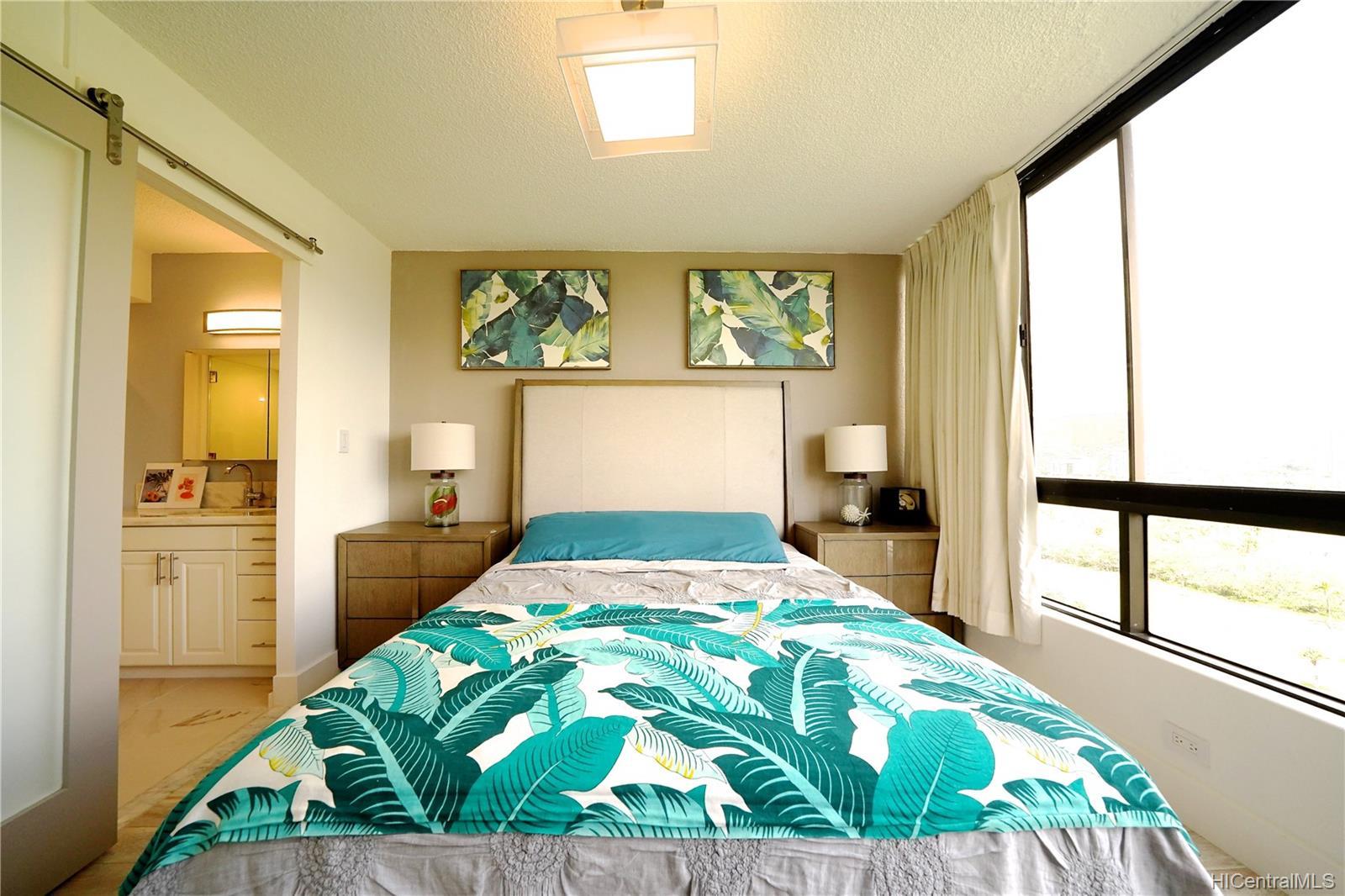 Monte Vista condo # 1804, Honolulu, Hawaii - photo 10 of 17