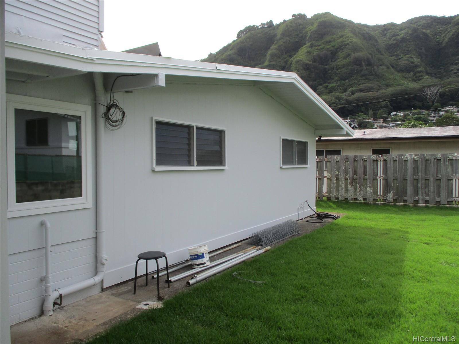 3210  Pinao Street Manoa-upper, Honolulu home - photo 4 of 24