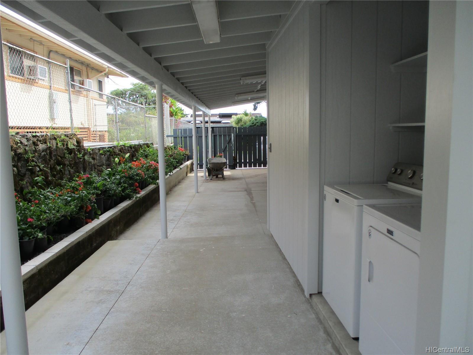 3210  Pinao Street Manoa-upper, Honolulu home - photo 10 of 24