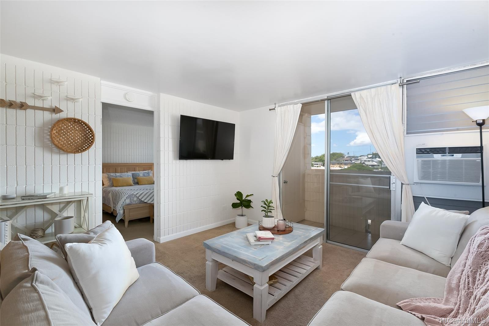 Sunset Lakeview condo # A710, Honolulu, Hawaii - photo 1 of 25