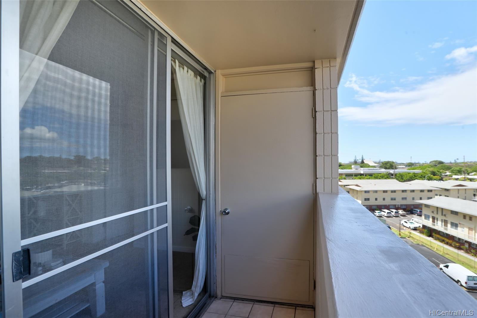 Sunset Lakeview condo # A710, Honolulu, Hawaii - photo 14 of 25