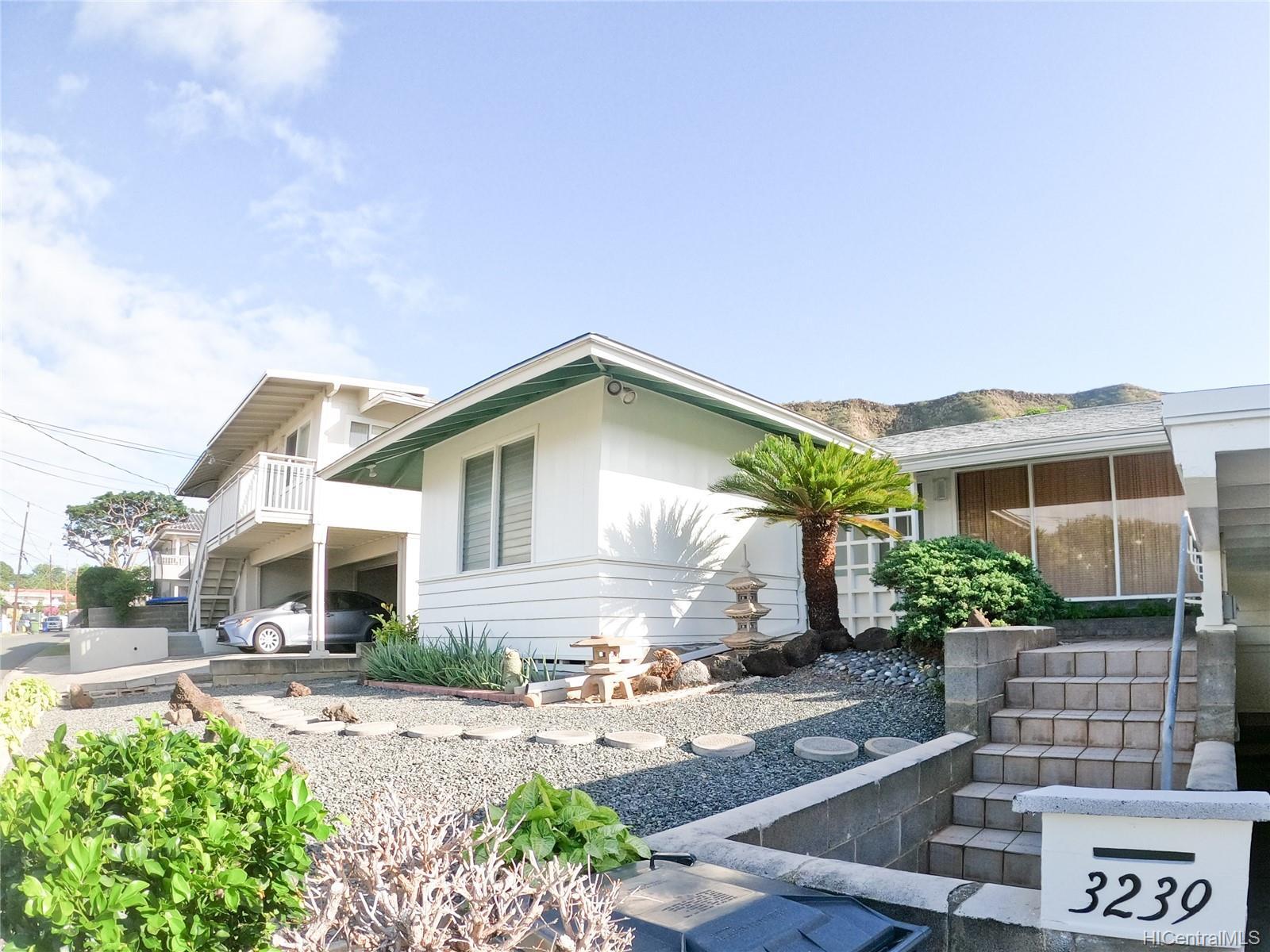 3239 Wauke Street Honolulu - Rental - photo 1 of 16