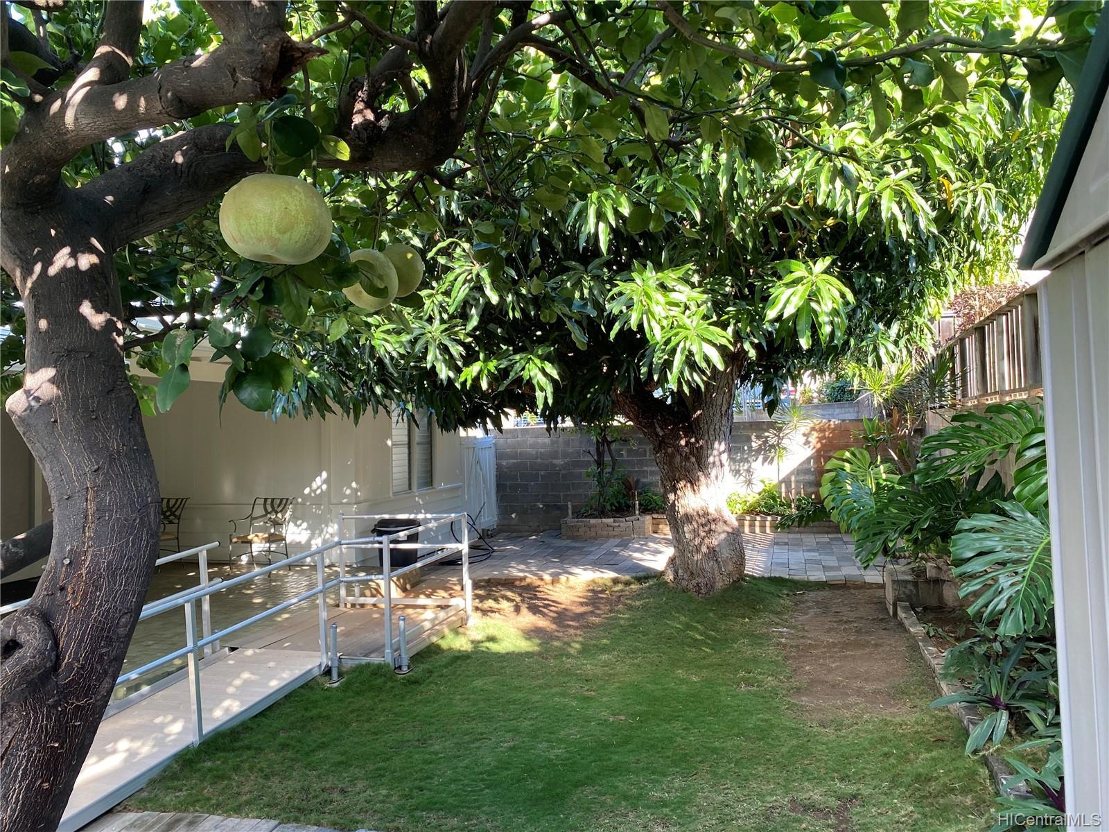 3239 Wauke Street Honolulu - Rental - photo 11 of 16