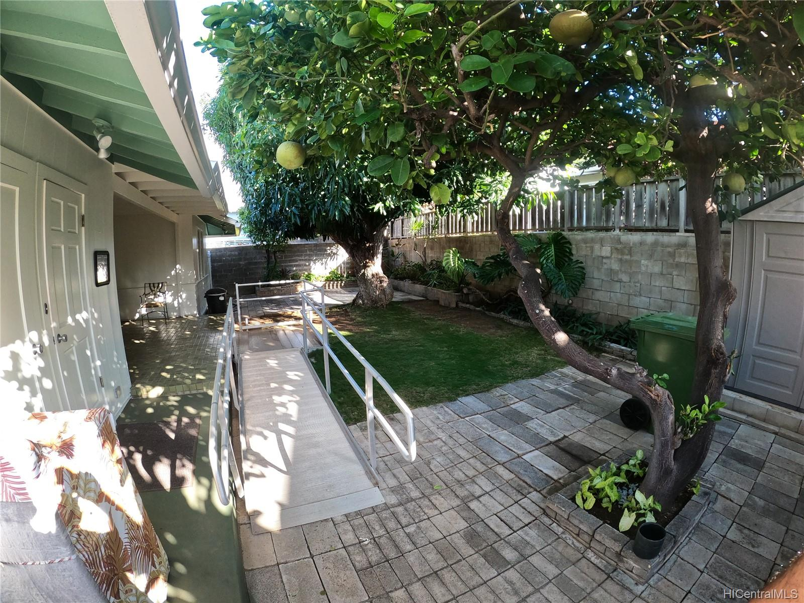 3239 Wauke Street Honolulu - Rental - photo 12 of 16