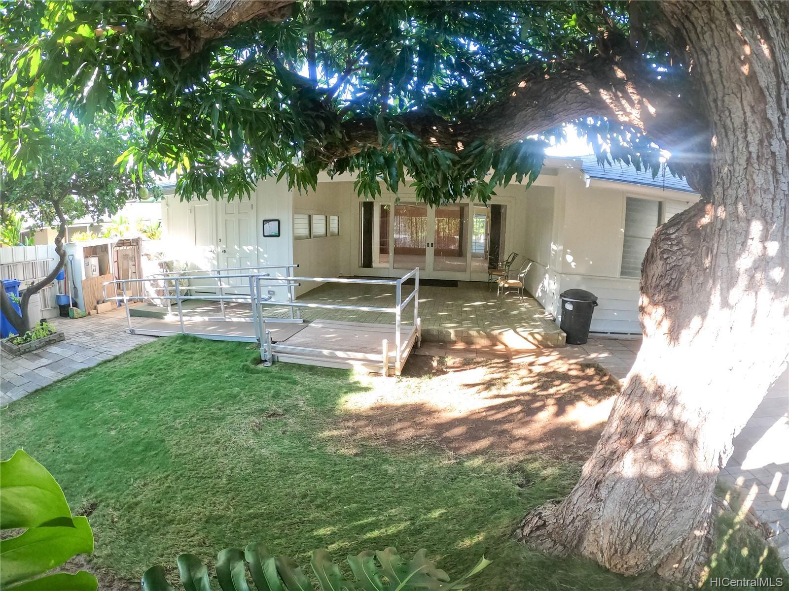 3239 Wauke Street Honolulu - Rental - photo 8 of 16