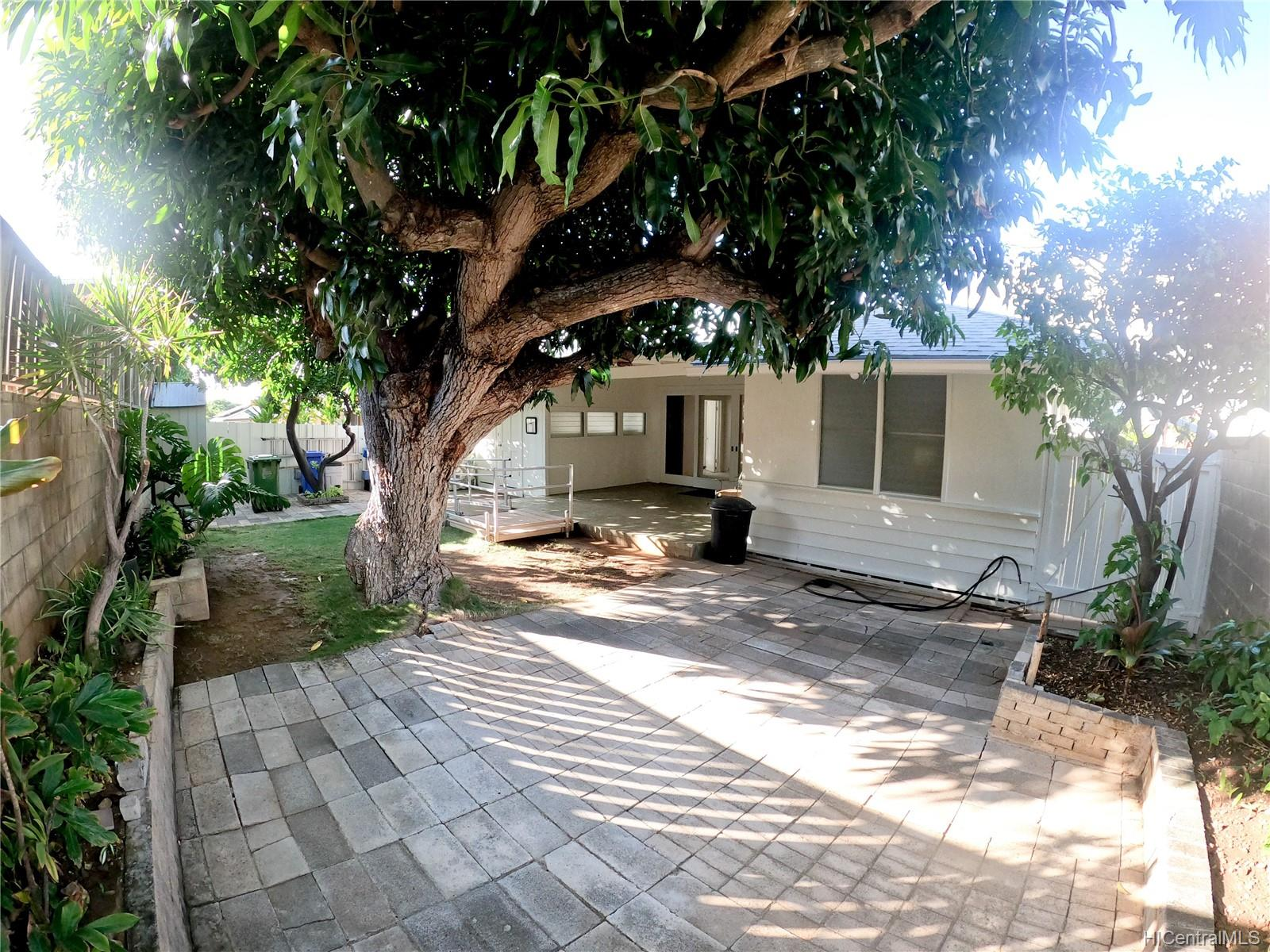 3239 Wauke Street Honolulu - Rental - photo 9 of 16