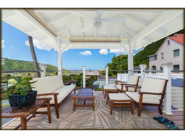 3244 Keahi St Manoa Area, Honolulu home - photo 1 of 21