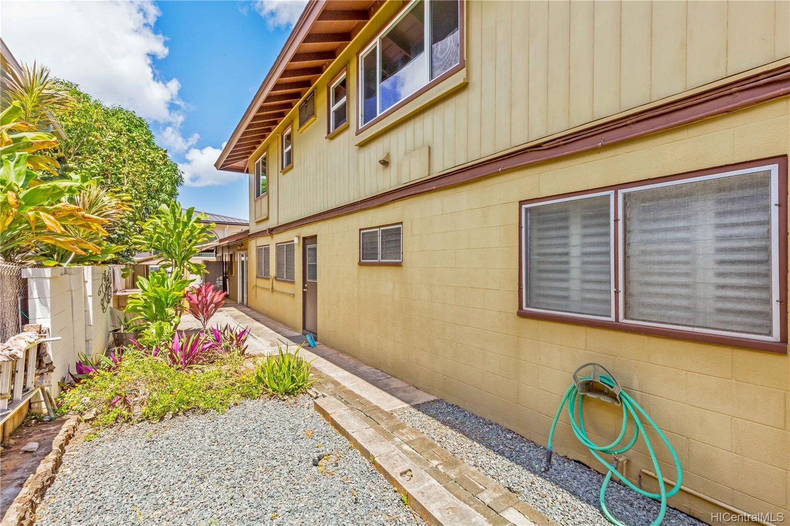 3347  Hinano Street Kapahulu, Diamond Head home - photo 18 of 21