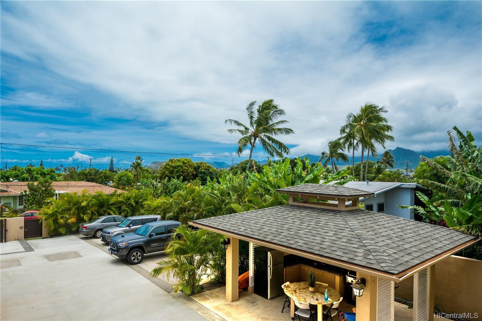 335  Ilimano Street Kalaheo Hillside, Kailua home - photo 1 of 25