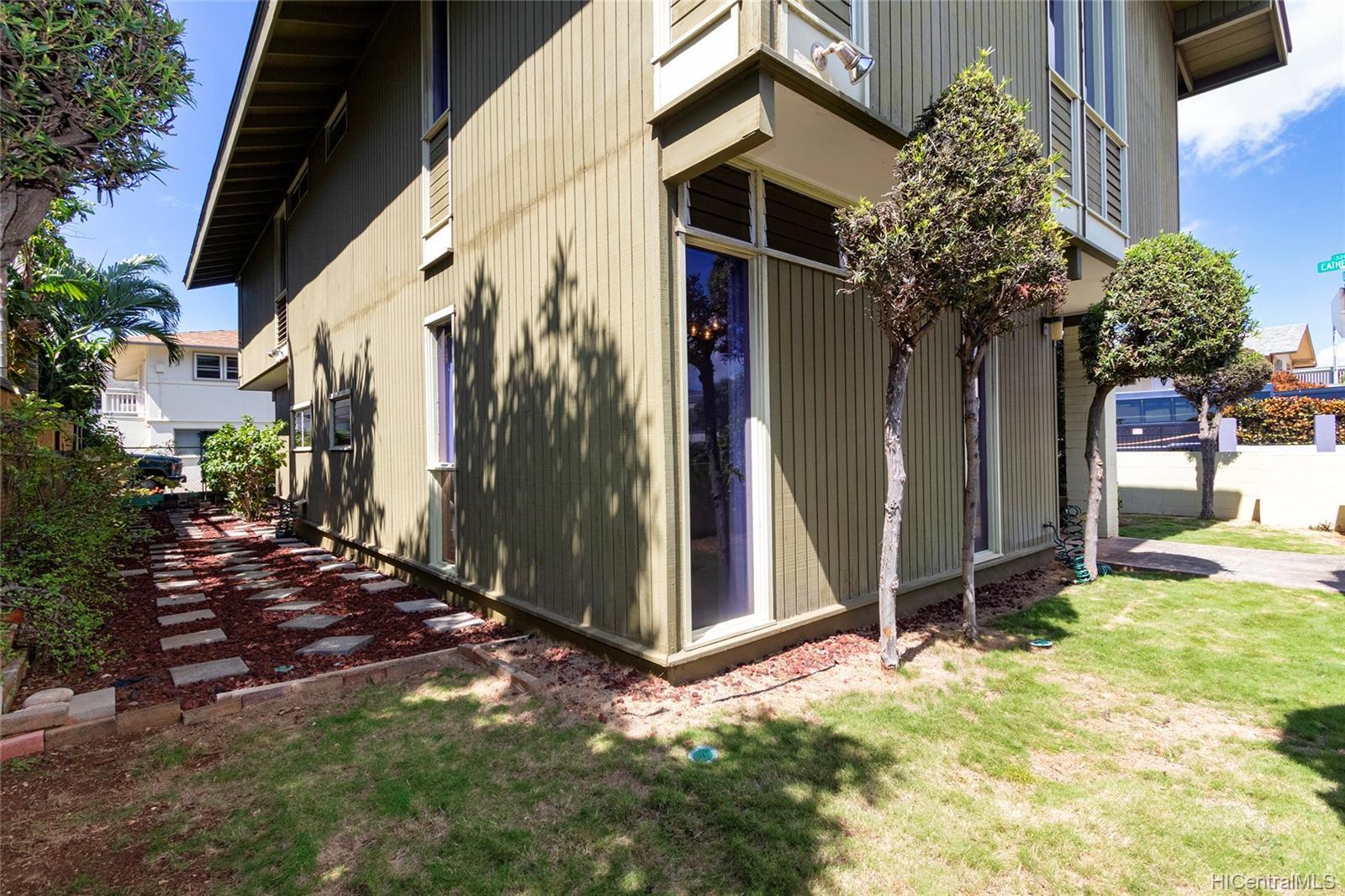 3383  Campbell Ave Kapahulu, Diamond Head home - photo 21 of 25