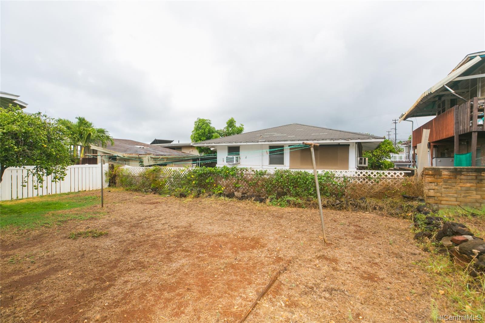 3420  Hayden Street Kapahulu, Diamond Head home - photo 18 of 25