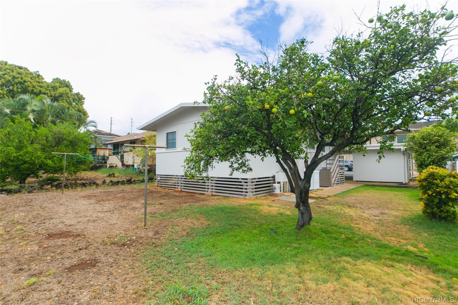 3420  Hayden Street Kapahulu, Diamond Head home - photo 21 of 25