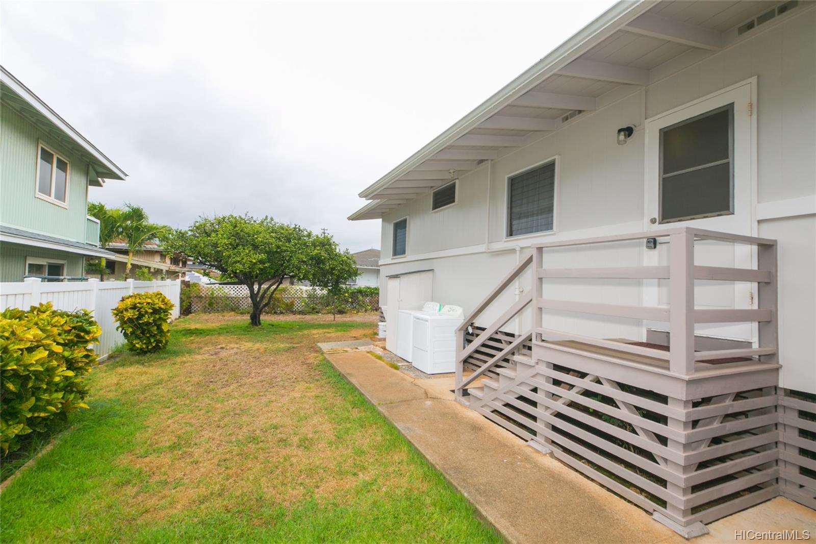 3420  Hayden Street Kapahulu, Diamond Head home - photo 22 of 25