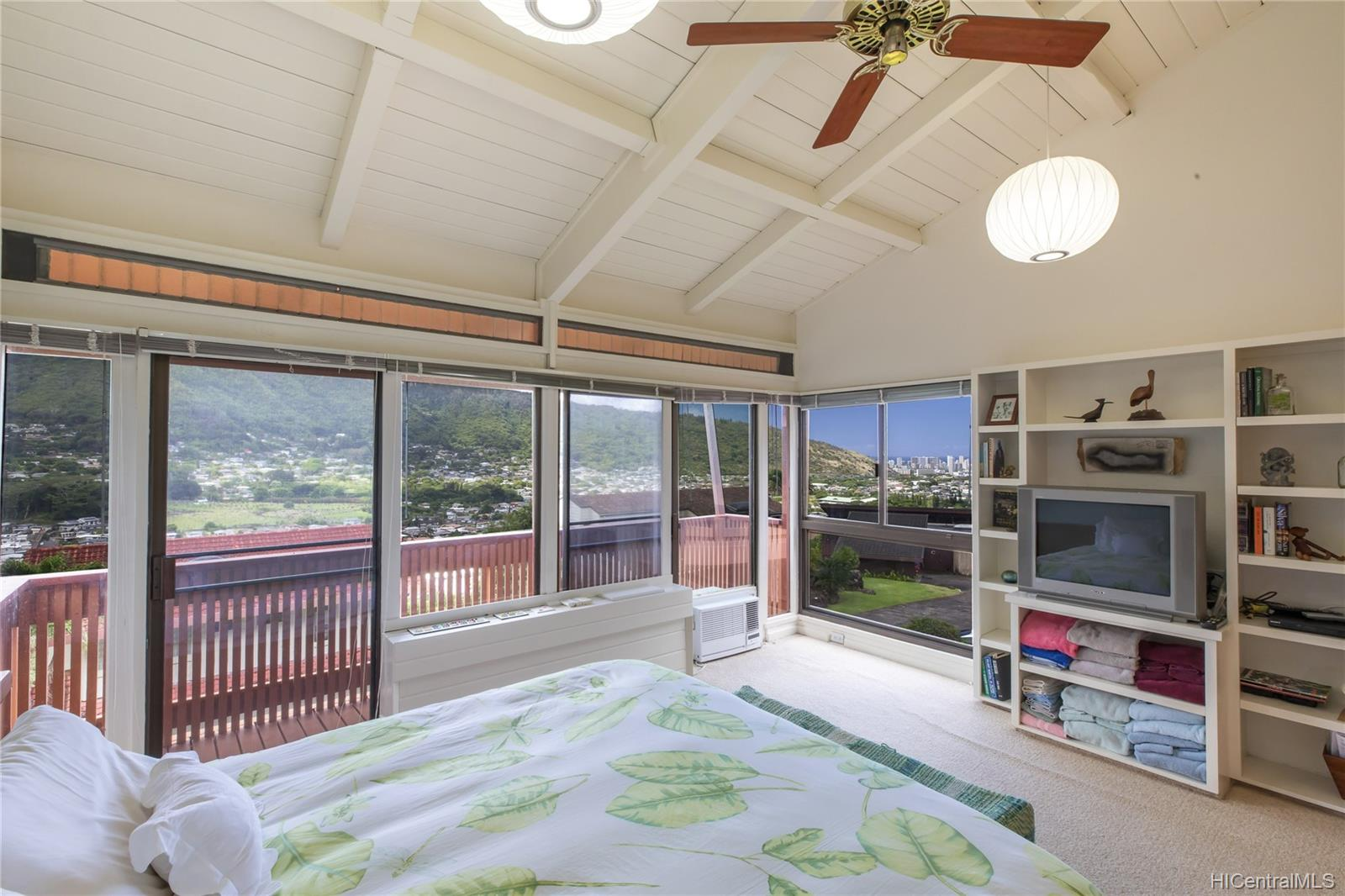 3430  Keahi Place Manoa-upper, Honolulu home - photo 10 of 25