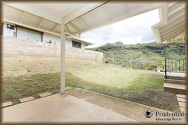3451  Ala Hapuu St Salt Lake, Honolulu home - photo 14 of 15