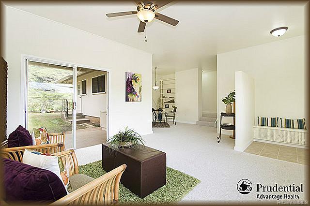 3451  Ala Hapuu St Salt Lake, Honolulu home - photo 3 of 15