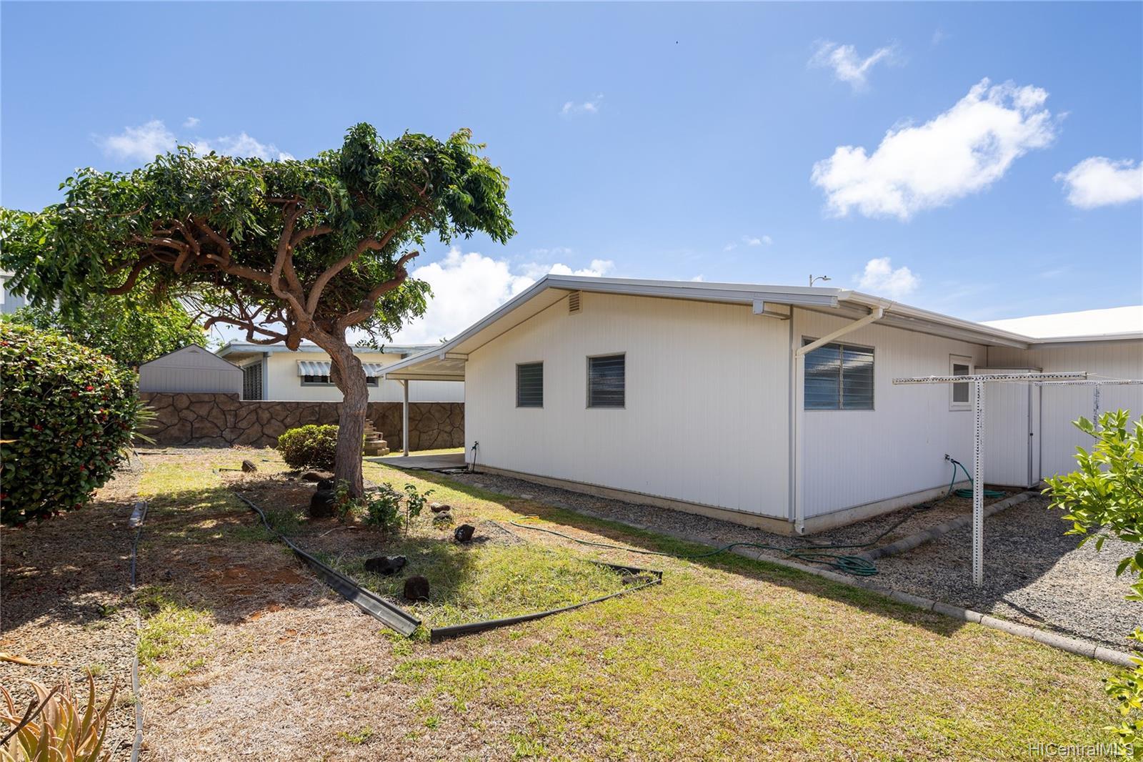 363  Kamala Loop Koko Head Terrace, Hawaii Kai home - photo 20 of 25