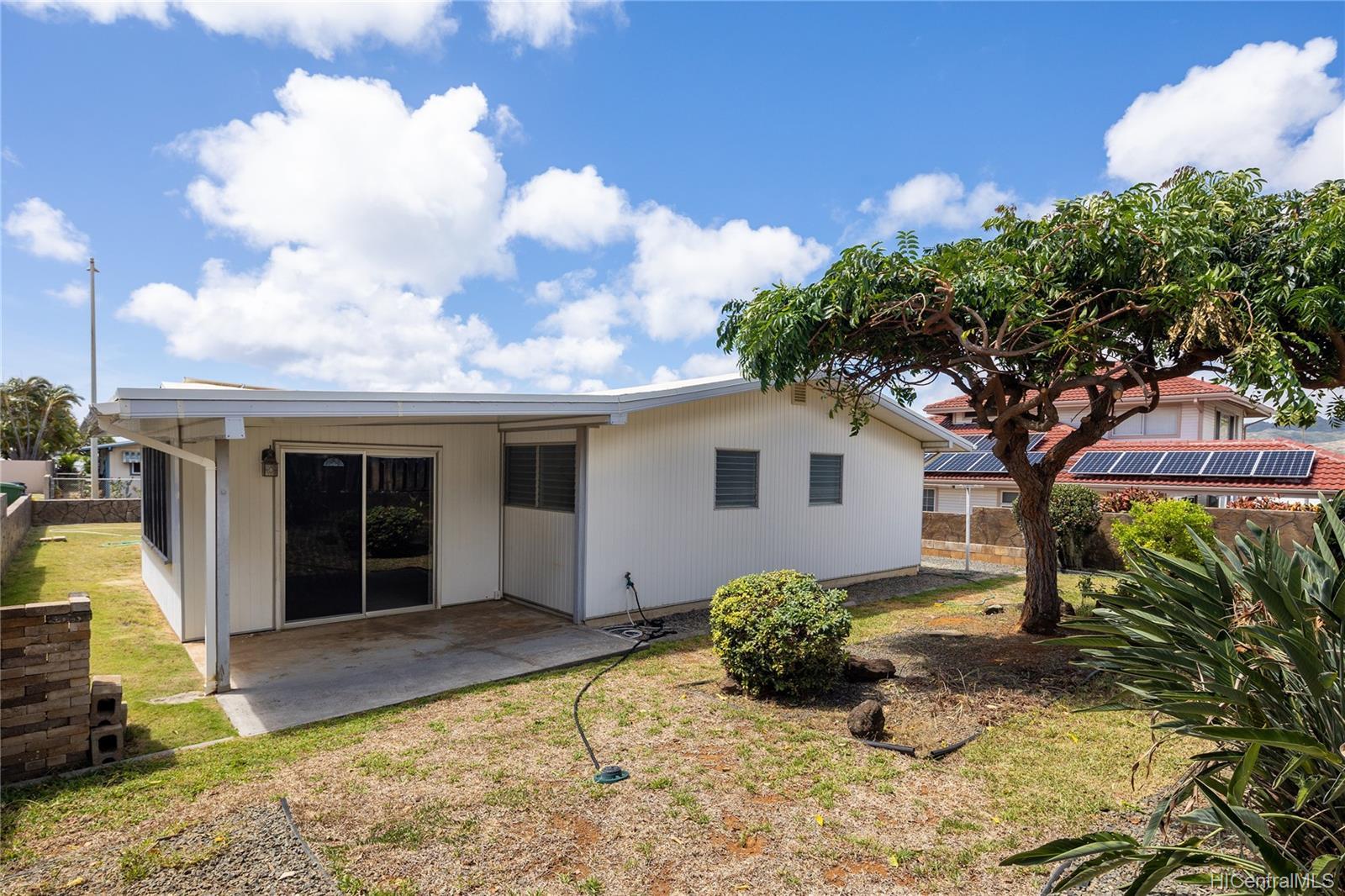 363  Kamala Loop Koko Head Terrace, Hawaii Kai home - photo 22 of 25