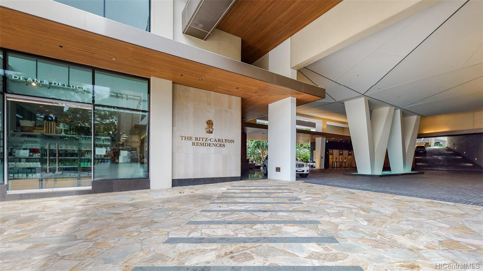 The Ritz-Carlton Residences condo # 902, Honolulu, Hawaii - photo 21 of 24