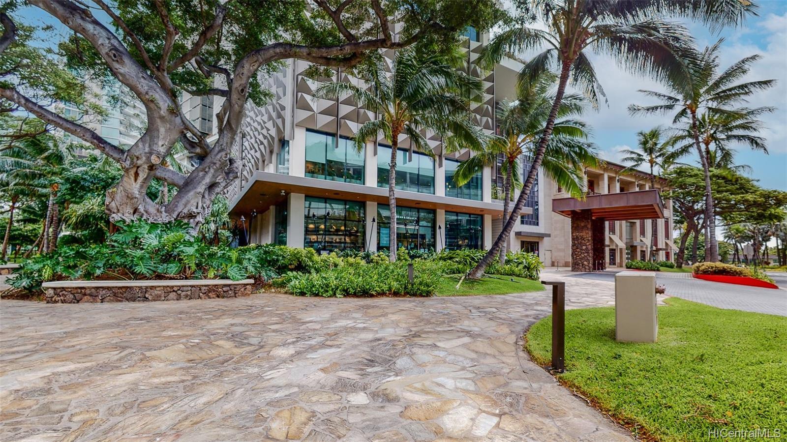 The Ritz-Carlton Residences condo # 902, Honolulu, Hawaii - photo 23 of 24