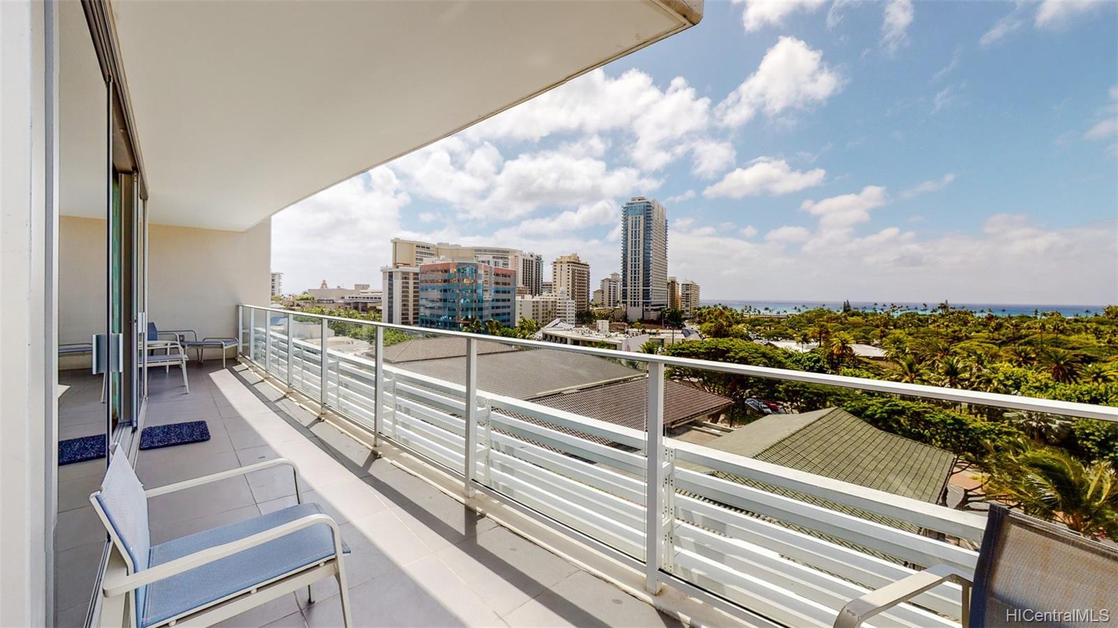The Ritz-Carlton Residences condo # 902, Honolulu, Hawaii - photo 5 of 24