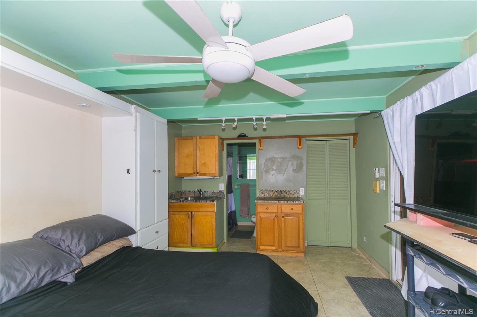 3869  Owena Street Kapahulu, Diamond Head home - photo 22 of 25